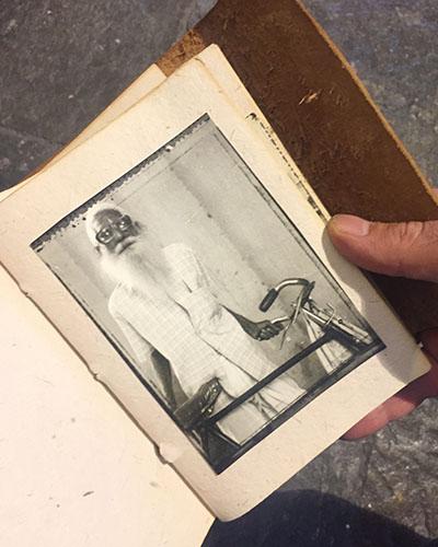 Primo libretto delle foto Indian Stills
